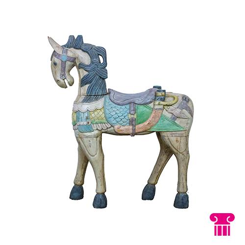 Houten paard pastel kleuren